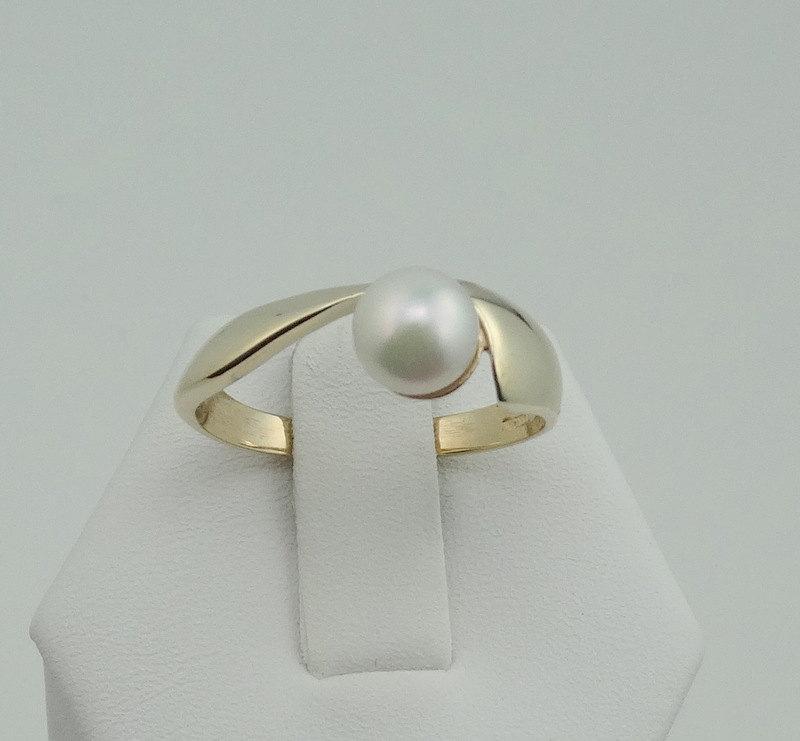Wedding - Elegant Avant Garde Vintage Pearl 14K Yellow Gold Ring  FREE SHIPPING! #14YPRL-SR