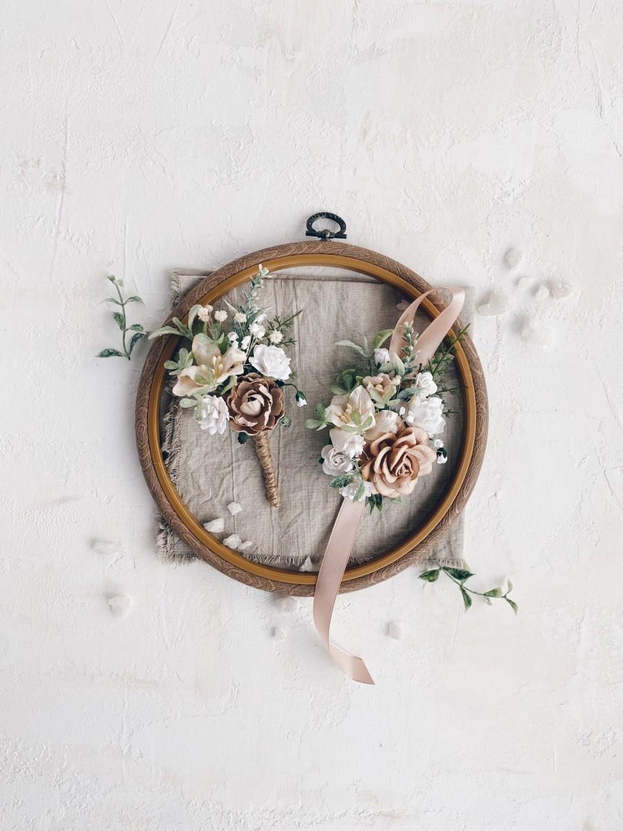 Wedding - Flower wrist corsage, Set of 2 boutonnière and wrist corsage, Wedding boutonniere, Beige Wrist corsage, Prom corsage