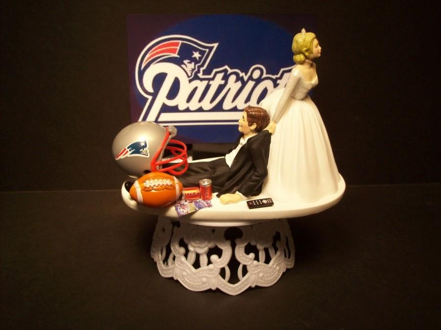 Mariage - PATRIOTS NEW ENGLAND football wedding cake topper sports funny