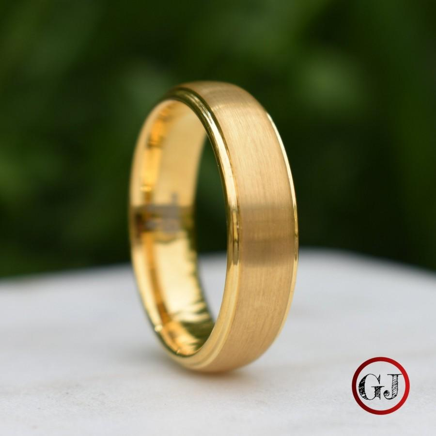 Hochzeit - Tungsten Ring Gold Brushed Centre with a Stepped Edge, Mens Ring, Mens Wedding Band