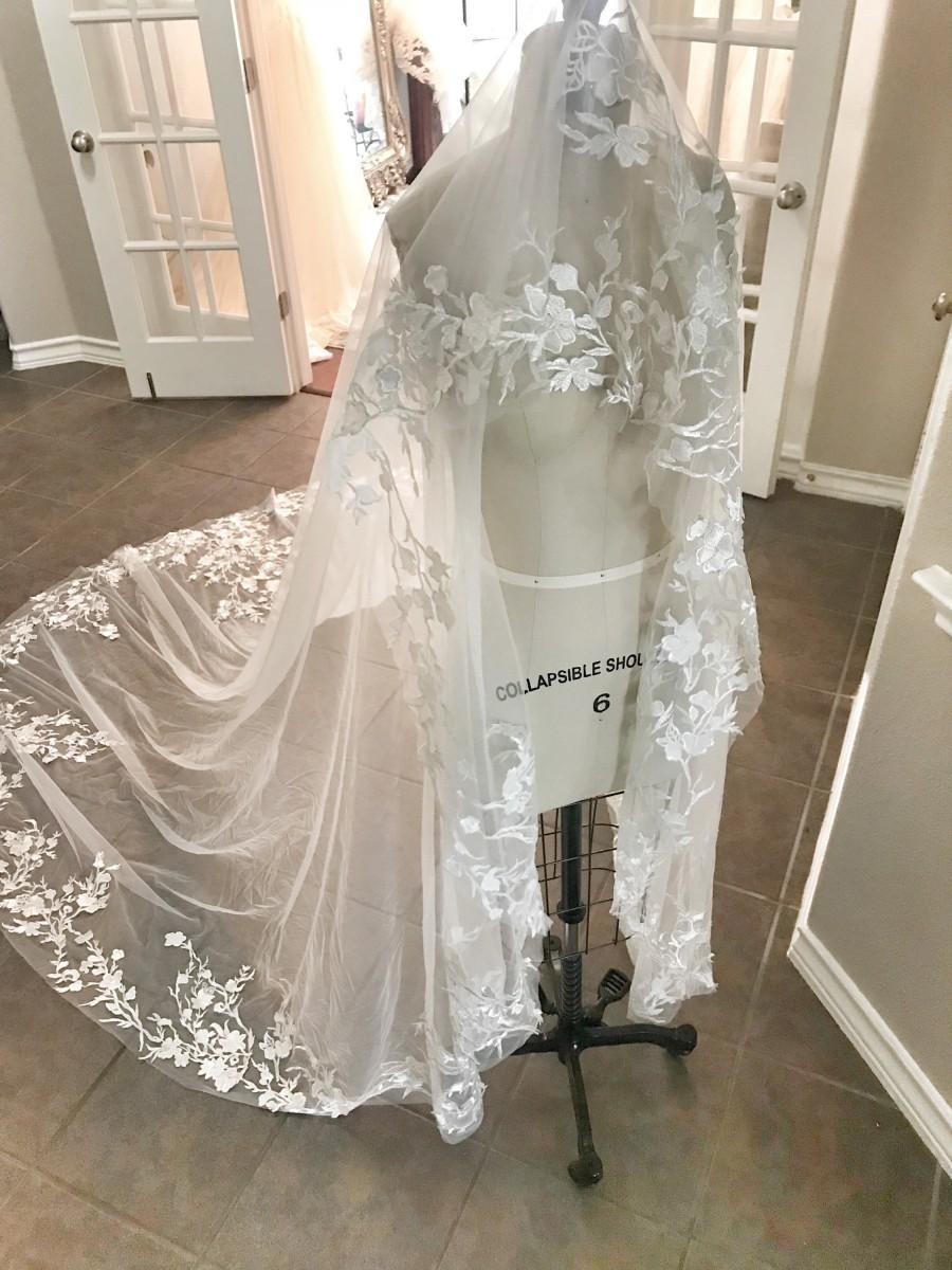 زفاف - Mantilla /Drop Veil style Floral Veil, long cathedral veil, Flowers, Lace veil, Long Veil, Unique veils, Bridal veils