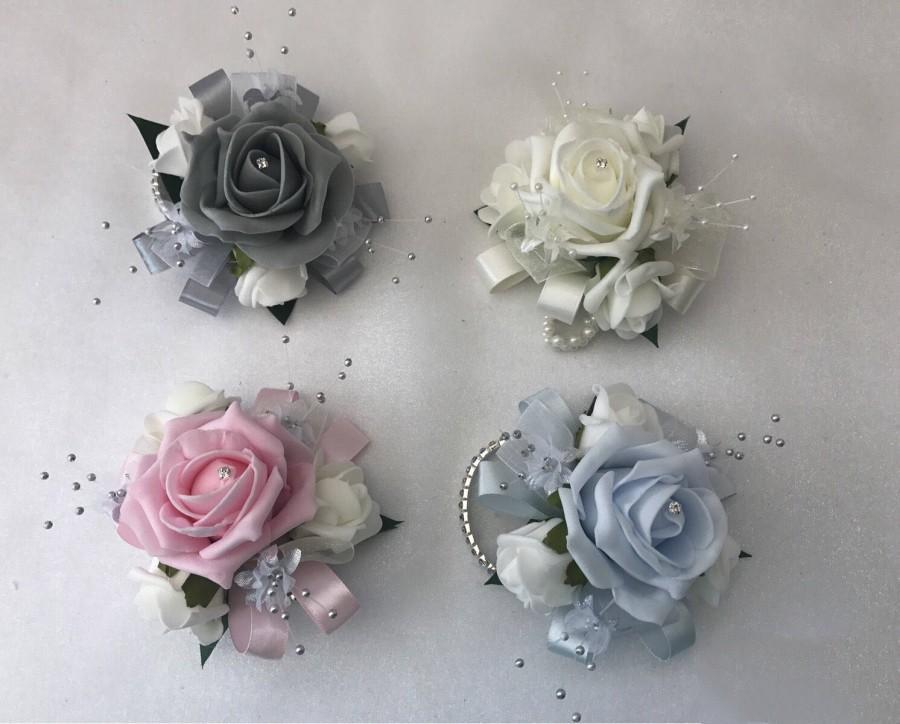 زفاف - Wedding or prom wrist corsage on bracelet