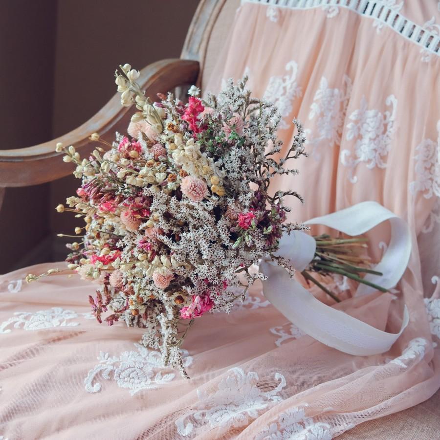 Wedding - Pink Dream Peach Dried Flowers Bouquet / Preserved Daisy Rose Flowers Bouquet / Wedding Bridal bouquet / Preserved larkspur herbs Natural