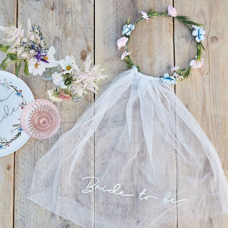 Mariage - Bride to Be Veil, Bachelorette Party Veil, Hen Party Veil, Bride Gift, Bride Sash, Bridal Shower Veil, Wedding, Flower Crown Veil