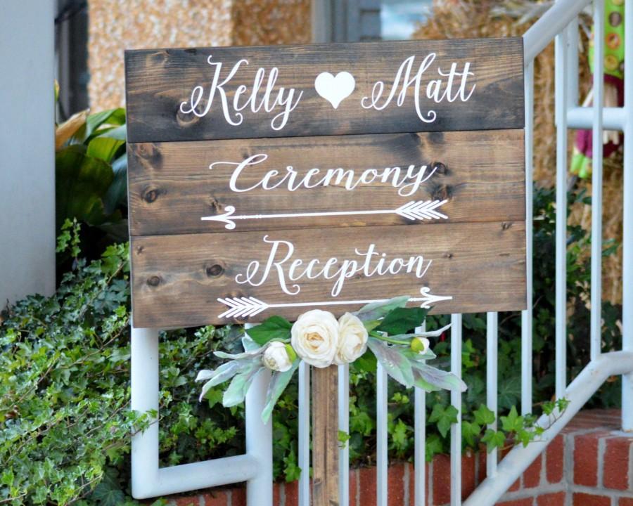 Mariage - Wedding Directional Signs, Wood Wedding Signs With Stake, Rustic Wedding Direction Signs, Personalized Boho Wedding Decor, Reception Sign