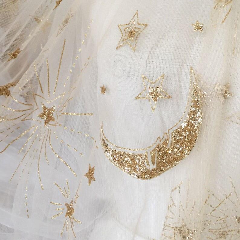 Mariage - VENUS - Star moon pegasus embroidered celestial wedding veil. Handmade to order. Galaxy constellation veil