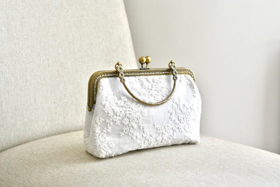 Hochzeit - Bridal handbag, clutch, vintage, boho, retro, vintage, lace, white, ivory, wedding accessory, bronze, ceremony,