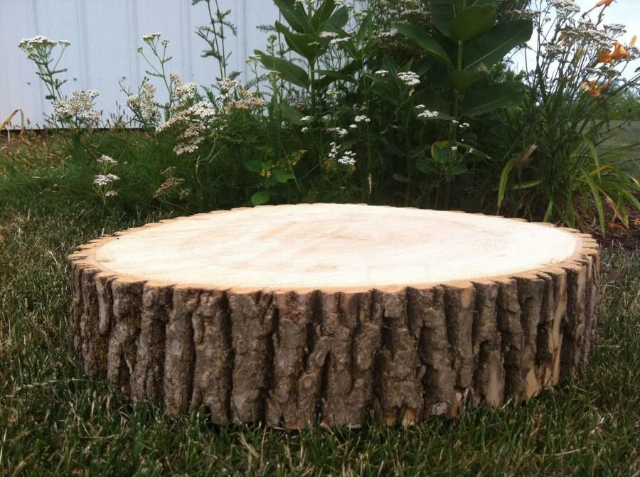 Mariage - Rustic & Natural Extra Large Log Slice - Wooden Christmas/Wedding Cake Stand/Centrepiece. Natural Wood Log Slice Tree Bark Rustic Wedding.