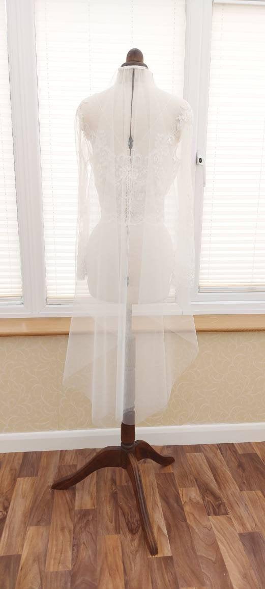 Mariage - Plain Barely There Veil, 1 Tier veil, Bespoke Veil, Wedding Veil, Cathedral veil,Fingertip length veil,