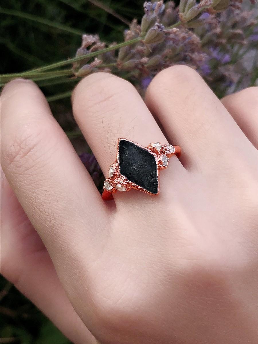 Свадьба - Raw Black Tourmaline Ring For Woman, Raw Black Tourmaline Engagement Ring, Raw Gemstone ring, Black Tourmaline Wedding Ring