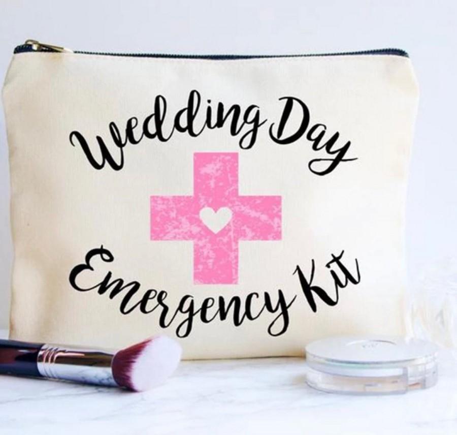 Hochzeit - Wedding Day Emergency Kit Bag, Brides Survival kit bag, Personalised Wedding Day Survival kit Bag