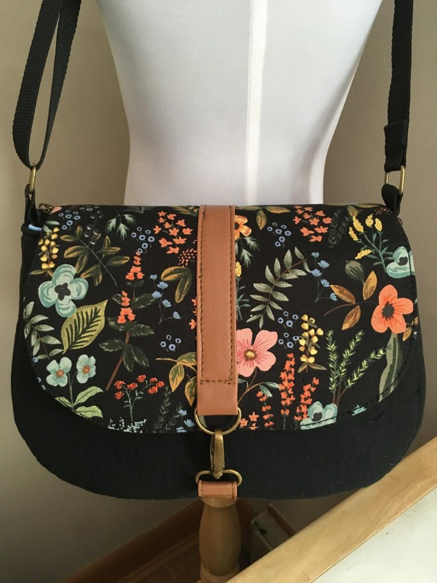 Mariage - Crossbody Medium Bag/Messenger Bag/Rifle Paper Co Bags/Floral Botanical Canvas/Bags Ready to Ship/Free Shipping
