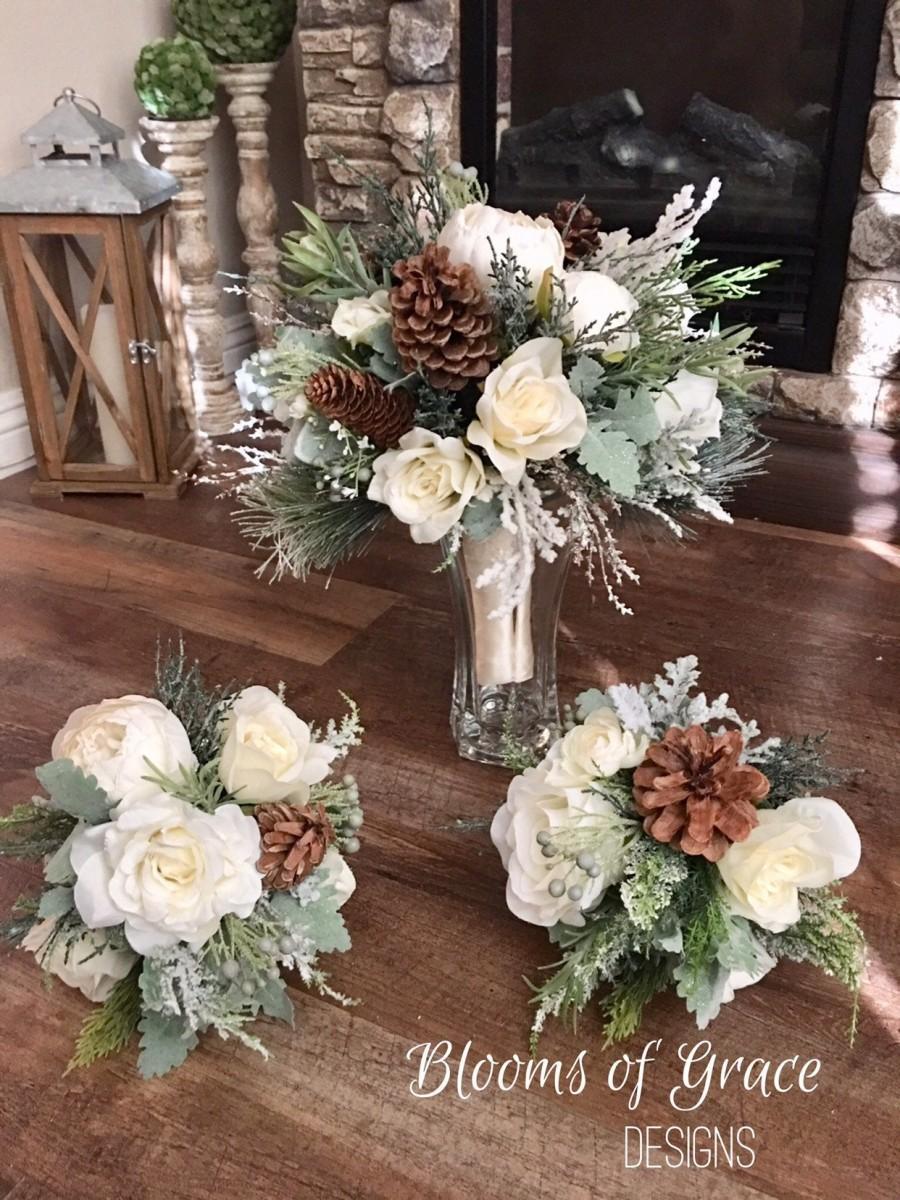 Wedding - White wedding bouquet, bride bouquet, bridesmaid bouquet, rustic wedding flowers.