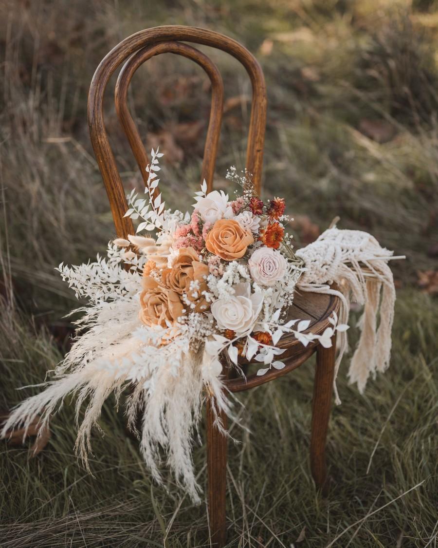 Свадьба - Bridal Bouquet, Macramé handle, Boho Wedding, Custom dyed wood flowers, Wedding Flowers, Dried Flowers, Pampas, Wedding Bouquet, Bridesmaids