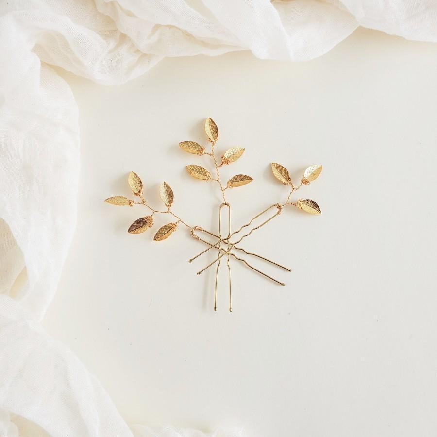 Свадьба - Gold Leaf Vine Pins, Gold Boho Wedding Hair Accessories, Bridal Hair Piece,  Wedding Hair Accessories, Bridesmaid Hair Pin, Leaf Hair Pins