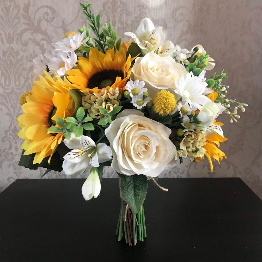 Wedding - Sunflowers handtied bride bouquet- Yellow and cream sunflower wedding flowers