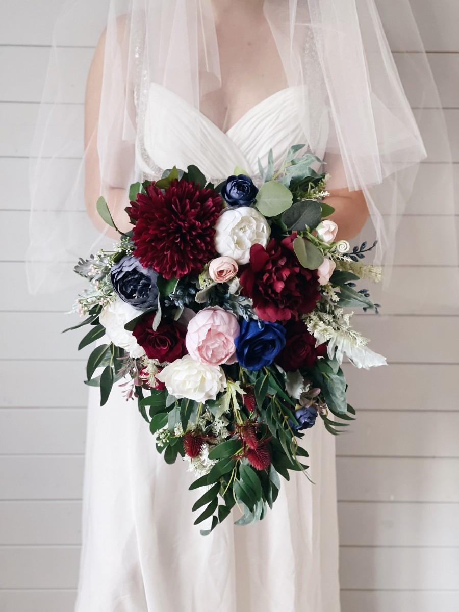 زفاف - Cascade Wedding bouquet, Burgundy Bouquet, Cascading Bridal Bouquet, Navy Wedding Bouquet, Eucalyptus Bouquet