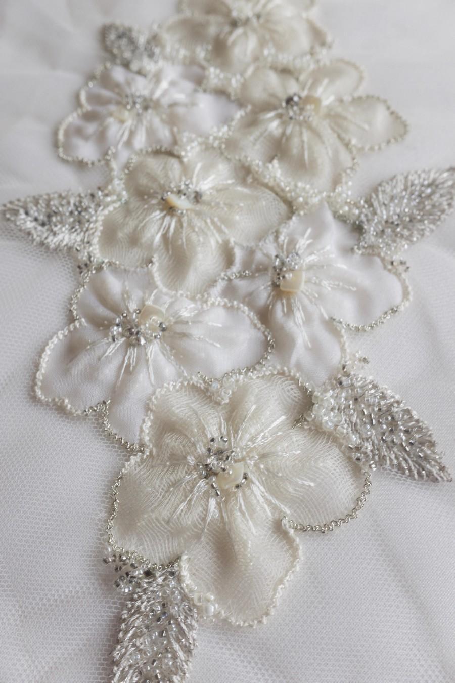 Свадьба - Hand-made motif with applique silk organza flowers