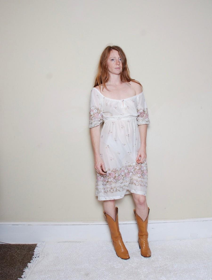 زفاف - 70s medium peasant dress white floral summer sundress womens vintage clothing off the shoulder shirt waist see though festival wedding cute