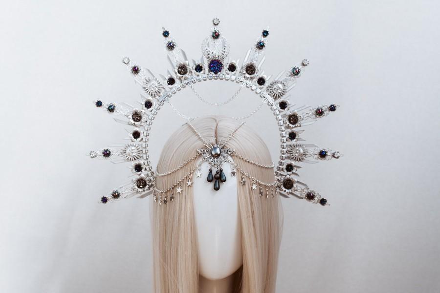 Hochzeit - Halo Crown, Silver Halo Headband, Halo, Halo Headpiece, Crown, Headband, Headpiece, Boho Wedding, Wedding Halo crown, Silver tiara, Crown