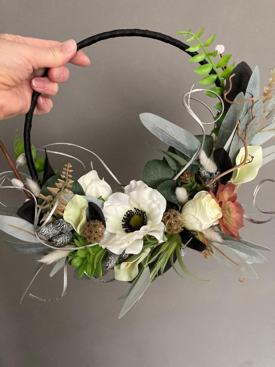 Wedding - Boho hoop, succulents,ferns, willow,silver, black, mystical brides flowers, gothic garland,anemone accessories,