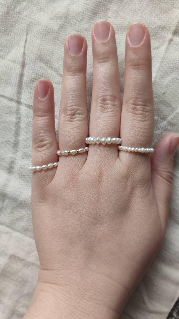 Wedding - LA PERLA - Real freshwater pearl ring, Echter Süßwasserperlenring auf hartem Draht gefertigt, winziger echter Perlenring, minimalist, elegan