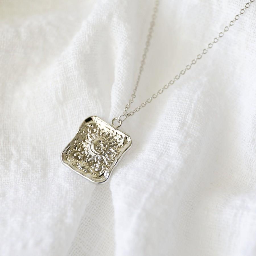 زفاف - Silver Sun and Moon Square Pendant Necklace, Sun Necklace,Moon Necklace,Birthday Gift, Graduation Gift, Layered Necklace,Minimalist Necklace