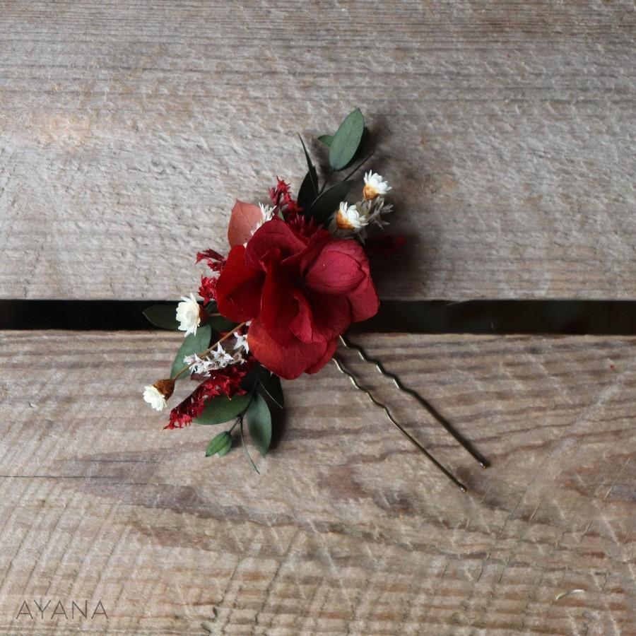 """Hochzeit - Hairpin """"Fauve"""", burgundy preserved hydrangea hair stick, hair accessory in natural flower, Christmas gift"""