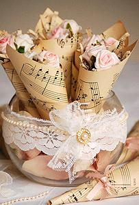 Wedding - Weddbook - Vintage wedding flower accesorizes