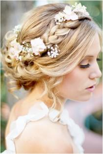 wedding photo - A Romantic Bohemian Wedding Hairstyle