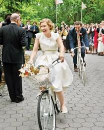 wedding photo - The Getaway Car!
