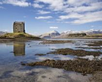 wedding photo - Romantic Country Escapes For Your Honeymoon In Scotland