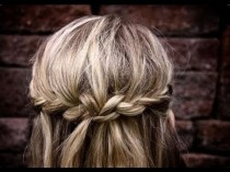 wedding photo - Rock A Cute Boho Braid In Less Than 5 Minutes!
