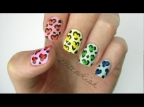 wedding photo - Rainbow Heart Leopard Nails