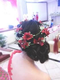 wedding photo - flower crown