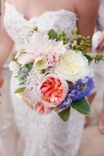 wedding photo - Big Bloom Bouquet