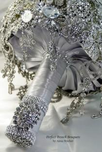 wedding photo - Diamant-Brosche Hochzeit Brautstrauß. Einlage auf einem auf Bestellung Blumenstrauß. Es glänzt wie ein Diamant. Old Hollywood Ga