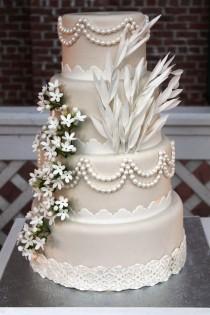 """wedding photo - Великий Гэтсби """" Вдохновил Свадебный Торт"""
