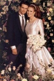 wedding photo - Ashley Hamilton And Angie Everhart 1996