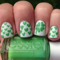 wedding photo - 17 St. Patrick's Day Nail Ideas