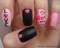 wedding photo - 20 Valentine's Day Nail Art Ideas