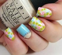 wedding photo - 25 Amazing Flower Nail Art Designs