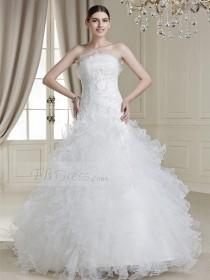 wedding photo - $ 168.29 Charming Ball Gown Floor-length Ruffles Strapless Drop Waist Line Appliques Wedding Dress