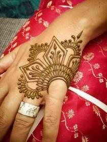 wedding photo - Minimal Henna