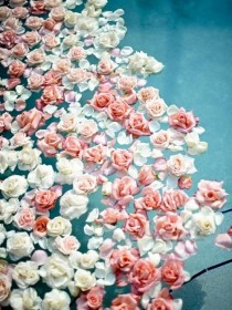 wedding photo - Floating Roses.
