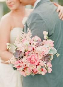 wedding photo - Bouquets / / Ramos