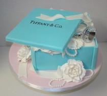 wedding photo - Tiffany-Verlobungstorte