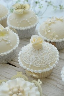 wedding photo - Hochzeits Cupcakes
