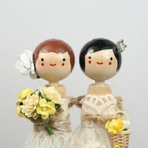 wedding photo - العرف كعكة الزفاف توبر مع 2X CUSTOM الملابس