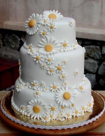 wedding photo - Daisy Wedding Cake